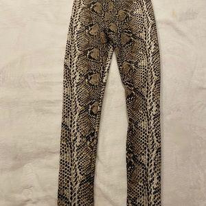 Cozy Snake Print Leggings/Tights